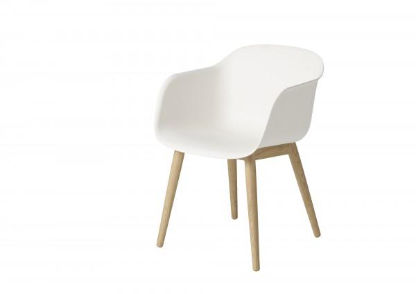 muuto Armlehnenstuhl Fiber Chair wood base