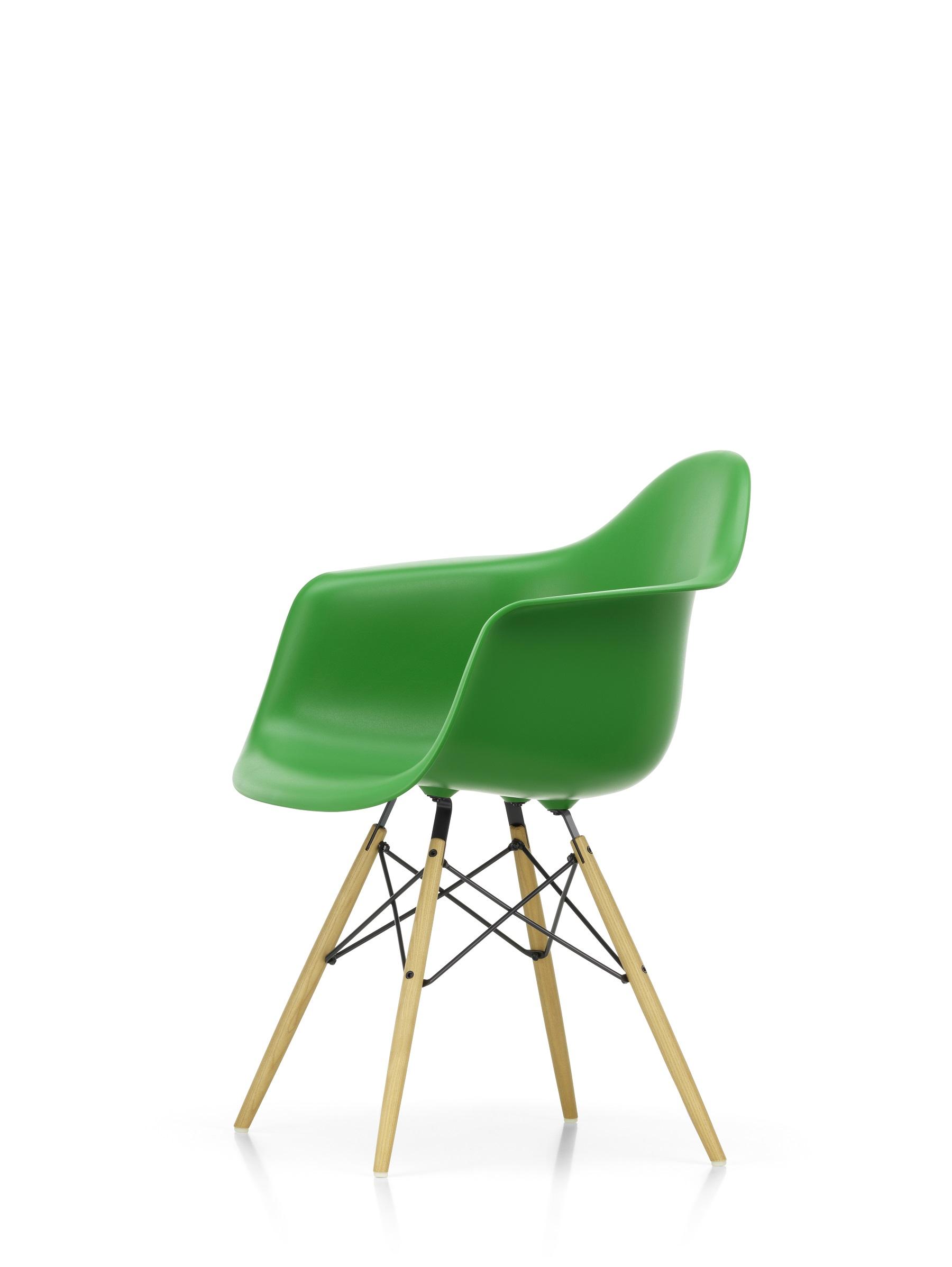 Lar Loungie Im Wert Von 439 Eur Geschenkt Jetzt Der Vitra Eames Daw In Der Aktion Designikonen Designmobel Shop